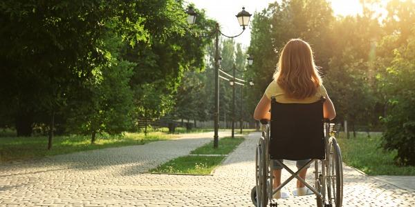 Cheminement PMR : comment avoir un cheminement extérieur accessible