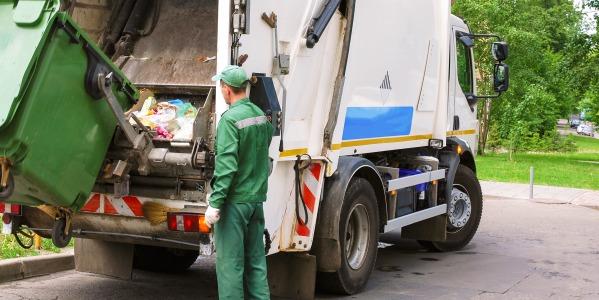 Collecte des déchets ménagers : quelles précautions prendre contre le Covid-19 ?