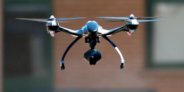 Le drone à piloter avec une seule main